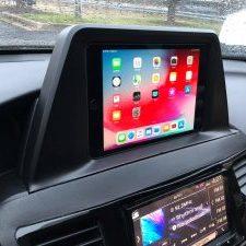 car-audio-dash-screen